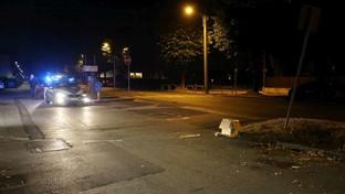 Travolta da auto pirata, morta bimba nel Bresciano