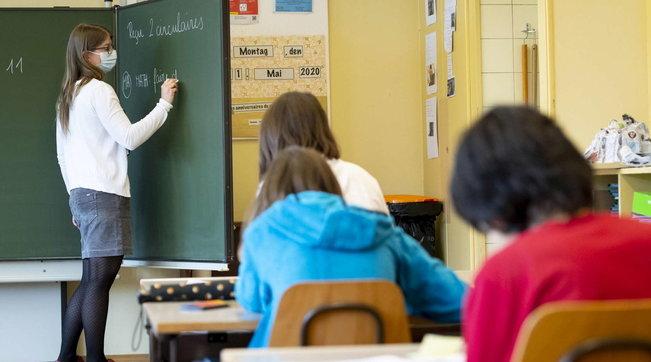 Scuola, i presidi rifiutano il Nord per paura di un nuovo lockdown | Un ragazzo su dieci escluso dalla didattica a distanza
