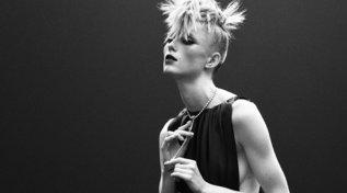 Paris Haute Couture Week, la donna Chanel è diventata punk