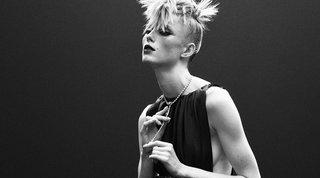 Paris Digital Couture Week, la donna Chanel è diventata punk