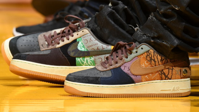 Travis Scott, una passione per le sneakers e il basket NBA