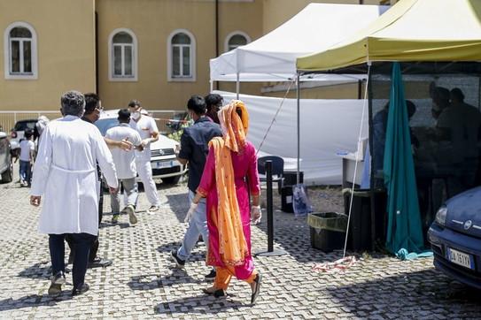 Coronavirus a Roma, tamponi a tappeto per comunità del Bangladesh