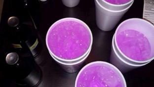 """Purple drank, i """"segreti"""" del cocktail che spopola fra i rapper e fa sballare i giovanissimi"""