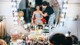 """Levante pubblica il singolo """"Sirene"""": guarda il dietro le quinte del video"""