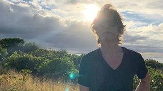 Mick Jagger si regala la Toscana per il 77esimo compleanno: 4 mesi in un castello, poi resta in Italia?