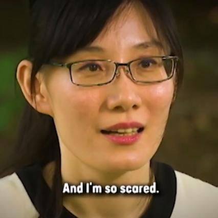 """Covid, un'adolescente di Hong Kong: """"Pechino ha nascosto la ricerca sui virus"""""""