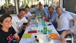 Un anno dopo, Salvini torna al Papeete da dove fece cadere il governo