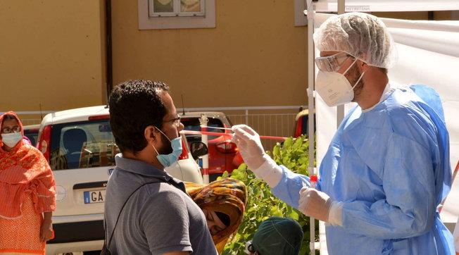 In Italia 114 nuovi contagi e 17 morti | In Lombardia solo 30 casi | Mappa