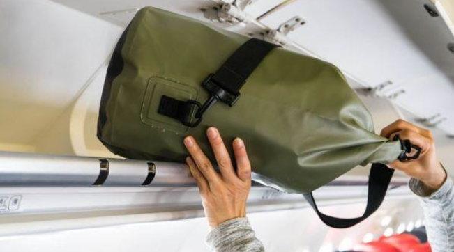 Nuove linee guida per i voli:si potranno riportare i trolley nelle cabine degli aerei