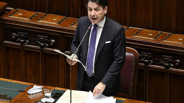"""Informativa di Conte alla Camera: """"Sugli aiuti Ue decisione entro luglio"""""""