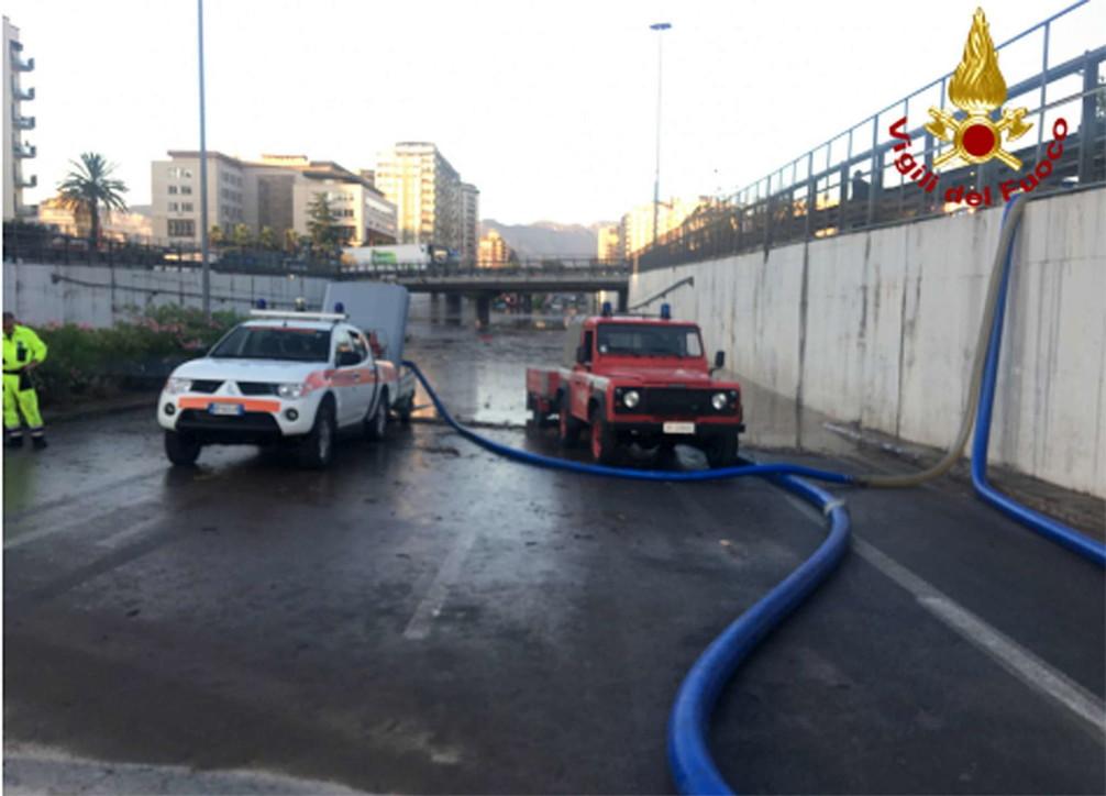 Palermo, il giorno dopo l'alluvione: i soccorsi in tutta la città
