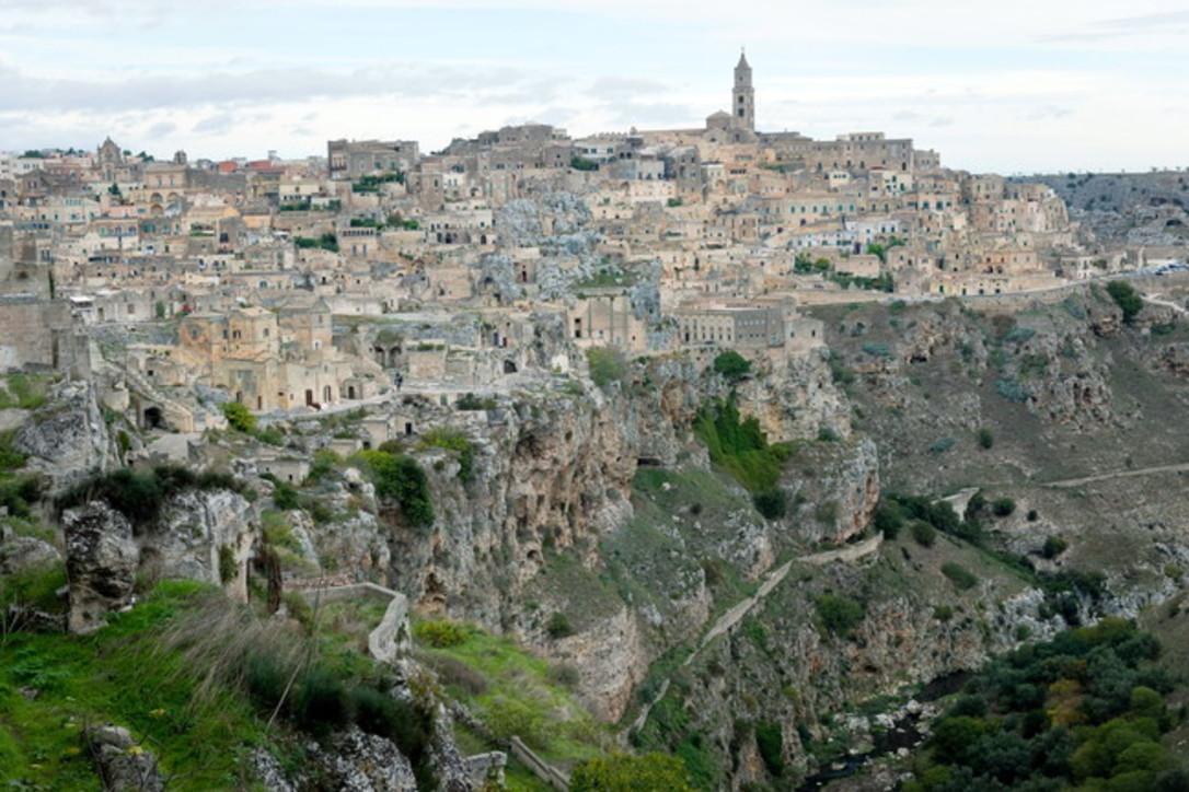 Italia magica: i borghi nella roccia