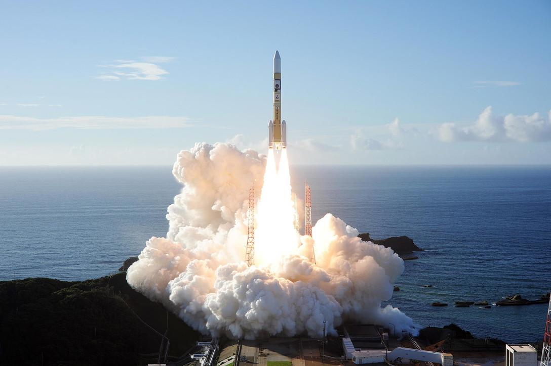 """Gli Emirati lanciano """"Speranza"""", la prima sonda araba su Marte"""