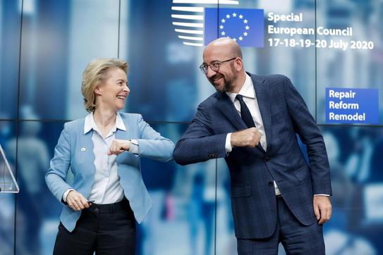 Bruxelles, raggiunto l'accordo su Recovery Fund