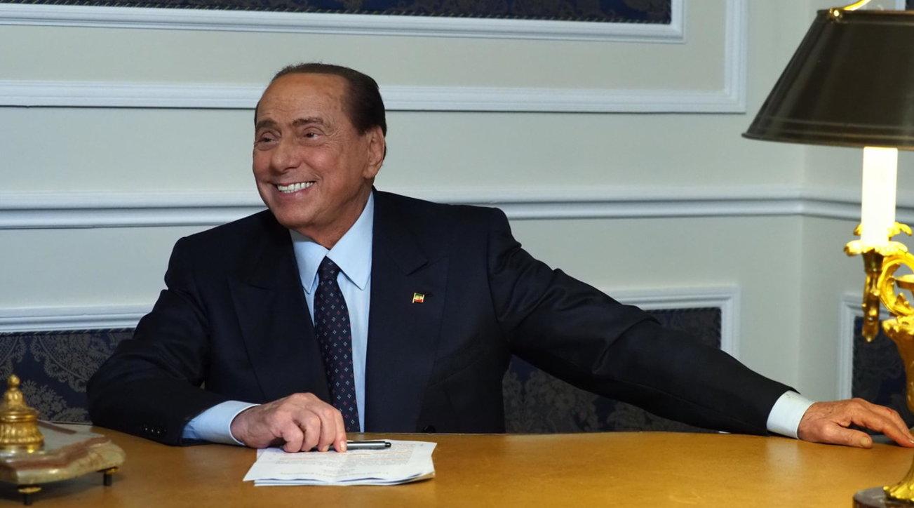 """Accordo Ue, Berlusconi: """"Riflettere sul condizionamento dei ..."""
