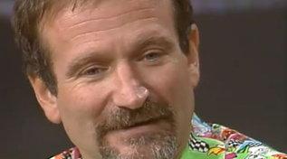 """Robin Williams ci lasciava sei anni fa, rivediamolo al """"Maurizio Costanzo Show"""""""