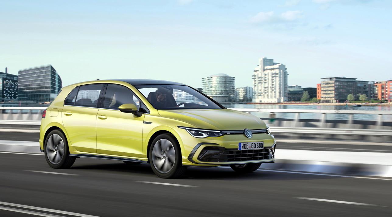 Nuova Volkswagen Golf 8 R-Line