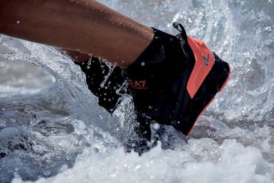 Moda mare uomo, sport e swimwear: la collezione EA7 Emporio Armani