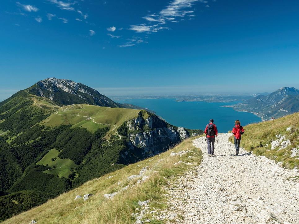 Scoprire la natura del Trentino con dieci itinerari