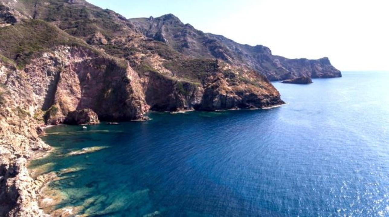 Gorgona e Capraia, preziosi smeraldi dell'Arcipelago Toscano