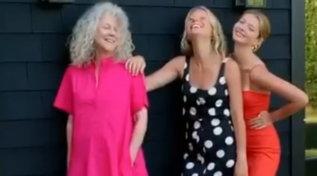 """Gwyneth Paltrow riunisce tre generazioni: """"Belle a qualsiasi età"""""""