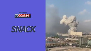 Beirut, due forti esplosioni in città: molte vittime