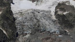 Courmayeur, scatta la paura per il ghiacciaio che si sta staccando