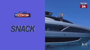 Ibrahimovic, tuffi e allenamenti sullo yacht a Saint Tropez