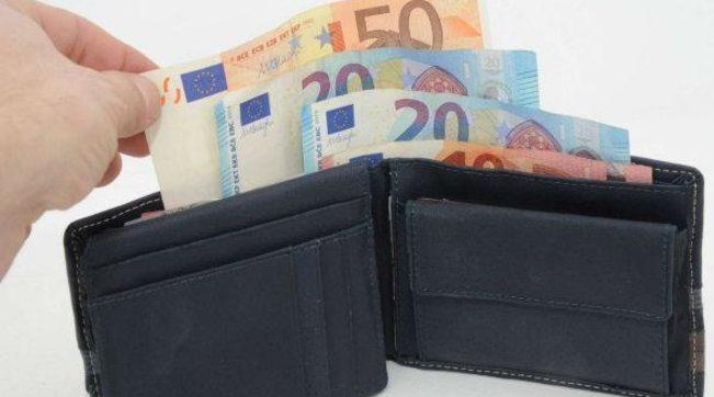 Bozza dl agosto: le tasse sospese andranno pagate a rate in due anni