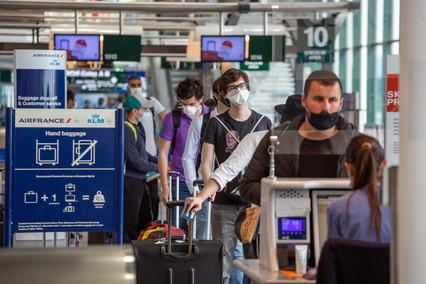Coronavirus in Italia, aumentano i contagi: 552 nuovi casi in 24 ore