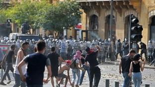Beirut, rivolta contro il governo: centinaia di feriti