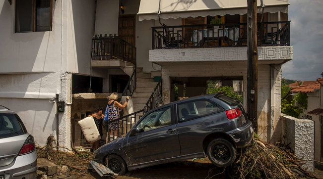 Grecia, tempesta colpisce isola Eubea: 7 morti tra anziani e un bambino | Foto