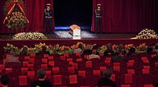 A Roma la camera ardente di Franca Valeri: moltissimi in fila per l'ultimo saluto