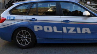 Ucciso a colpi di mattarello e cacciavite:arrestato il figlio | L'uomo aveva un divieto di avvicinamento alla famiglia