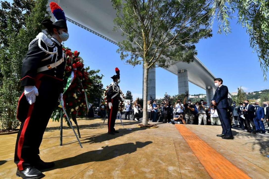 Genova, la commemorazione per le 43 vittime del ponte Morandi a due anni dal crollo