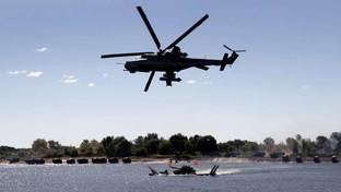 """Russia, dal biathlon col carro armato alle gare notturne tra droni: ecco le """"Olimpiadi della guerra"""""""