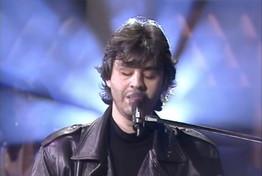 """Buon compleanno Andrea Bocelli: rivediamo la sua """"Caruso"""" a """"Stranamore"""""""