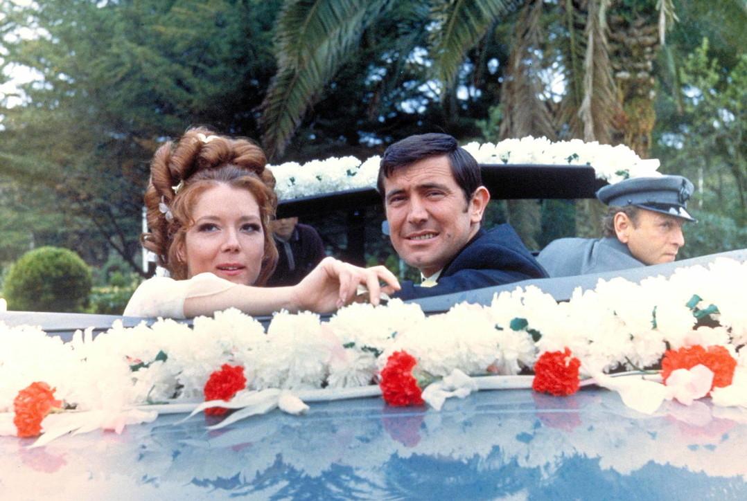 """Addio a Diana Rigg: da """"Agente speciale"""" al """"Trono di spade"""" passando per la signora Bond"""