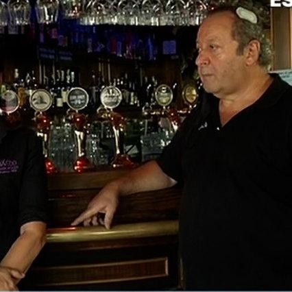 """Piacere, non vogliono indossare la maschera e picchiare i proprietari del pub: """"Mi hanno dato cinque punti"""""""
