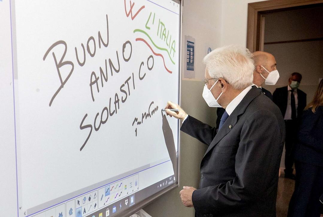 Primo giorno di scuola, il presidente Mattarella a Vo' Euganeo