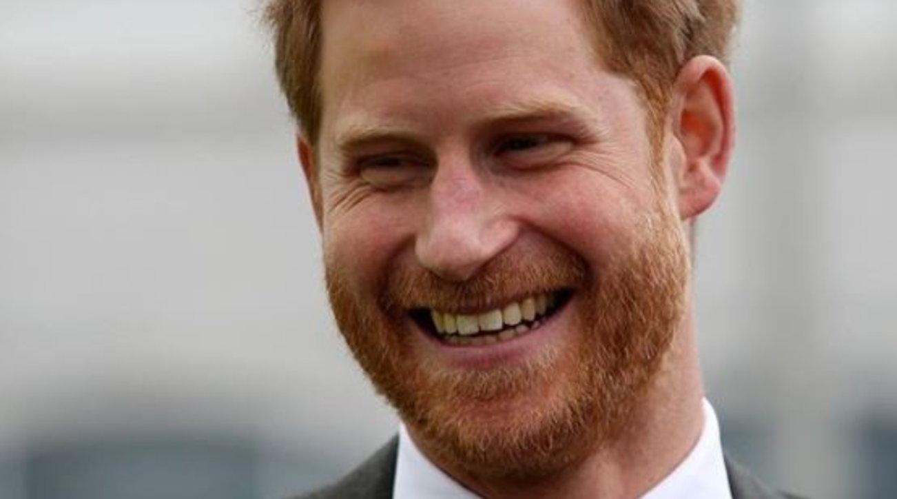 Il principe Harry compie 36 anni, la royal family esclude Meghan dai post di auguri
