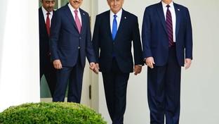 Alla Casa Bianca la firma degli accordi tra Israele, Emirati Arabi e Bahrein