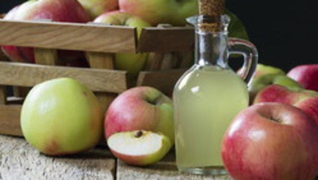 Bella, anzi bellissima: con l'aceto di mele si può (quasi) tutto