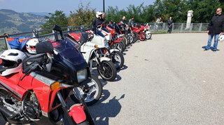 Le moto storiche Gilera in scena su Raticosa e Futa