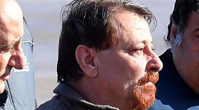 """Cesare Battisti, lettera dal carcere: """"Sono in pericolo per il terrorismo islamico"""""""