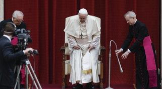 """Papa Francesco: """"Il vaccino contro il Covid sia per tutti, sarebbe triste se si desse priorità ai più ricchi"""""""