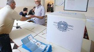 Elezioni, a Milano 100 rinunce: il Comune cerca presidenti di seggio