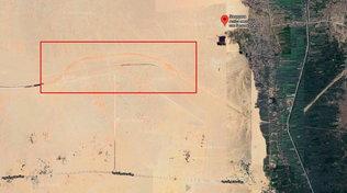 L'Egitto costruisce due autostrade tra le piramidi: scoppia la polemica