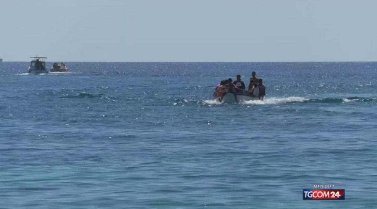 Migranti, la guardia costiera tunisina ne salva 54 diretti in Italia