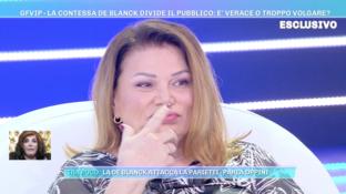 """""""Domenica Live"""", Serena Grandi: """"Patrizia De Blanck non si lava"""""""
